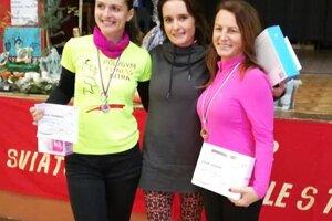 Ženy - medailistky na 7,5 km.