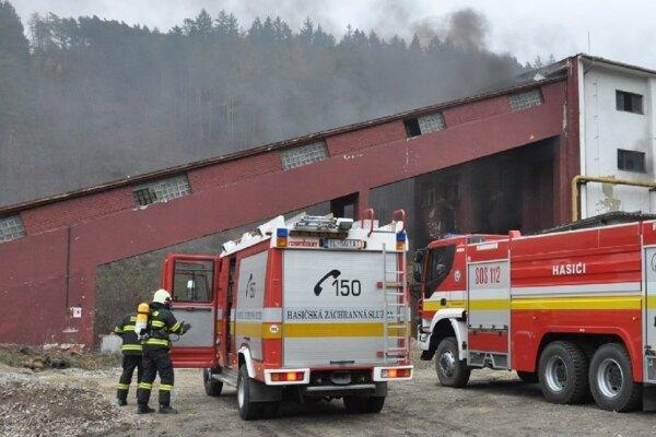 Taktické cvičenie hasičov.