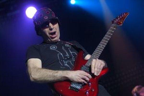 Nájde sa talent, ktorý sa presadí ako Joe Satriani?