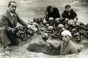 Obeťami arménskej genocídy boli intelektuáli, obchodníci aj roľníci, muži, ženy aj deti.