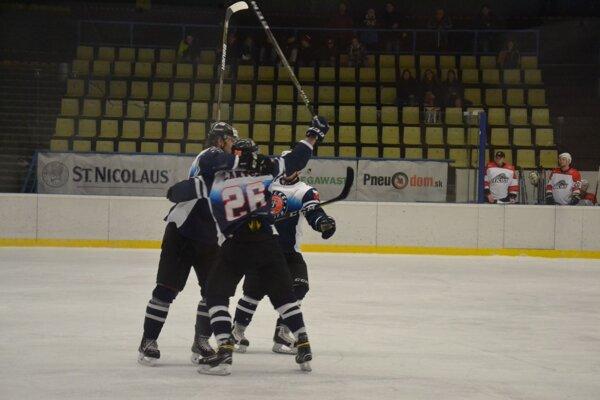 Dubničania mali dôvod na radosť v zápase s Michalovcami.