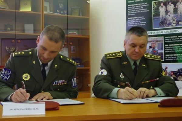Deň pred oslavami podpísali vojenské Polície Slovenska a Česka technickú dohodu.
