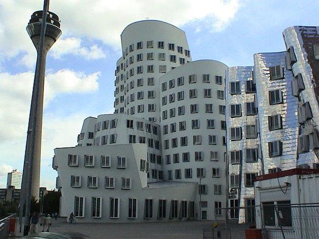 Šieste miesto v rebríčku dosiahla metropola Severného Porýnia-Vestfálska Dűsseldorf.