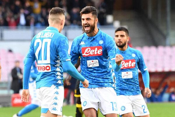 Víťazná radosť hráčov SSC Neapol.