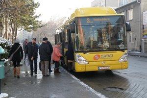Zmena cestovných poriadkov postihne od nového roku aj MHD.