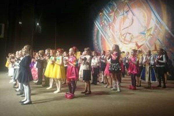Účinkujúci predviedli talent v speve, tanci, hudbe aj divadle.