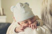Deťom možno od boesti uľaviť nežnými dotykmi.