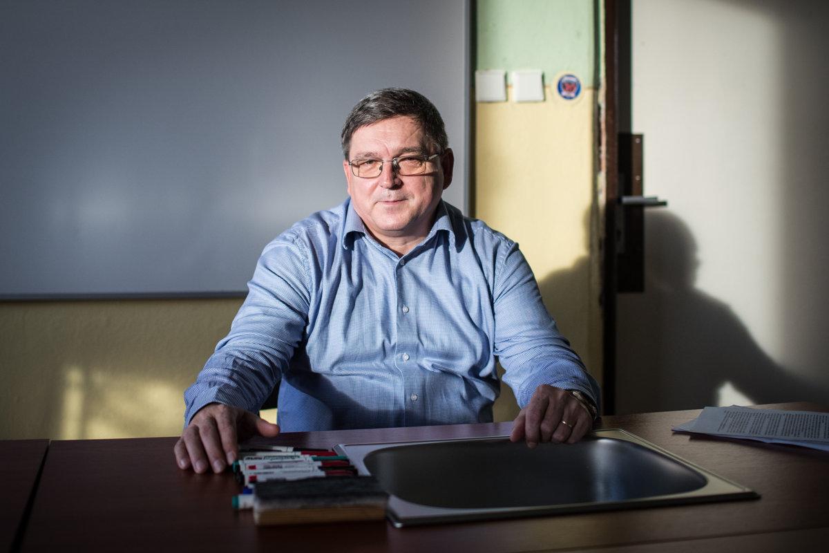 cad2f15e7 Člen okresnej organizácie Smeru v Krupine vstúpil do strany po zániku SDĽ.  Fico mu imponoval