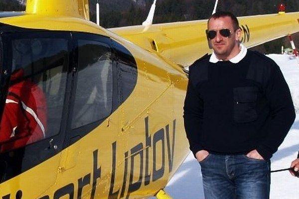 Roman Sládek ešte v zime, keď lietal ponad Málinô Brdo.