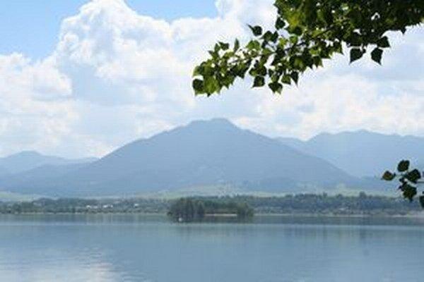Pozorovanie vtáctva sa uskutoční aj pri vodnej nádrži Bešeňová pri Liptovských Vlachoch.