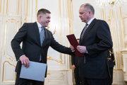 Ja nikam neodchádzam, povedal Robert Fico Andrejovi Kiskovi pri demisii