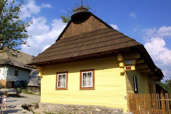 Vlkolínec nie je skanzen a pre svoju výnimočnosť ho vybrali do prezentácií jedinečných atrakcií na Slovensku.