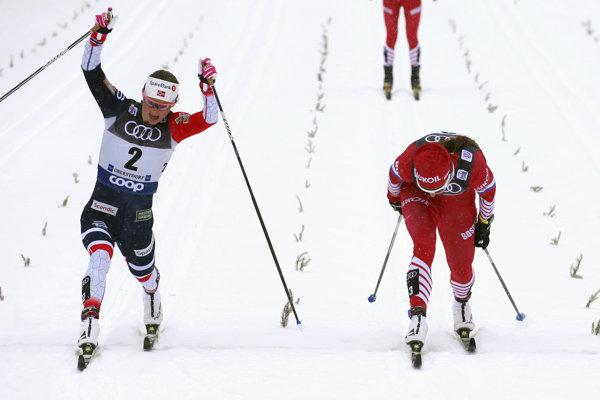 Ingvild Flugstad Östbergová (vľavo) po veľkej dráme zdolala Nataliu Nepriajevovú - ilustračná fotografia.