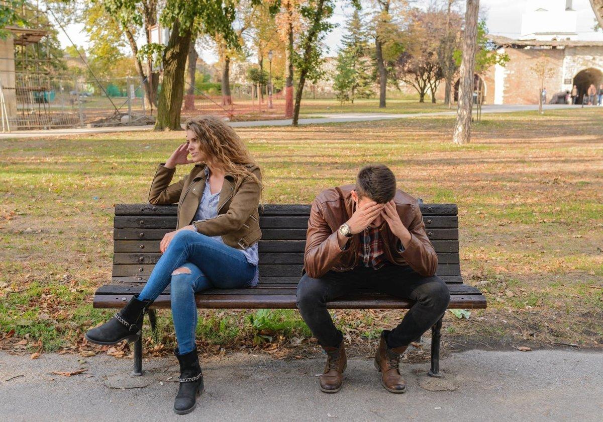 ako zmeniť z datovania do vzťahu