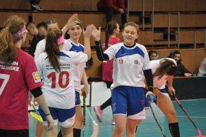 Dievčatá z OA Trenčín vyhrali turnaj.