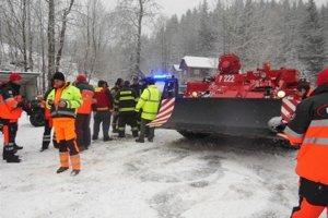Cvičenie Záchranári si v decembri 2013 odskúšali v Korni súčinnosť pri záchranných prácach.
