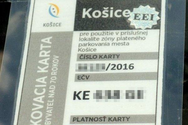 Mnohým parkovacím kartám EEI končí platnosť až v závere tohto roka. Ich držitelia si však musia vybaviť od 7. januára nové od mesta.