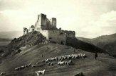 Ako vyzerala obec Čachtice a Čachtický hrad v minulosti?