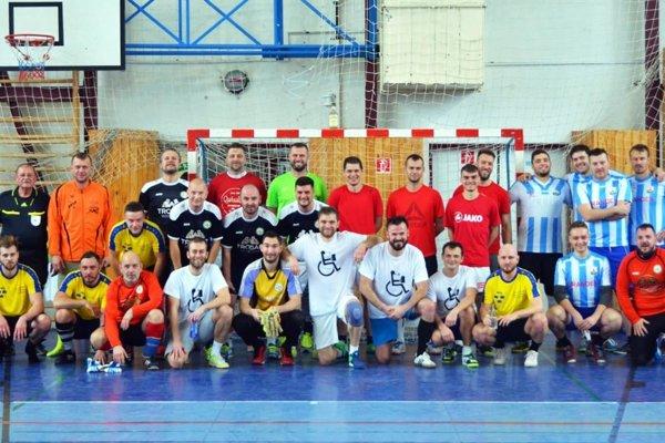 Na turnaji hralo päť tímov.