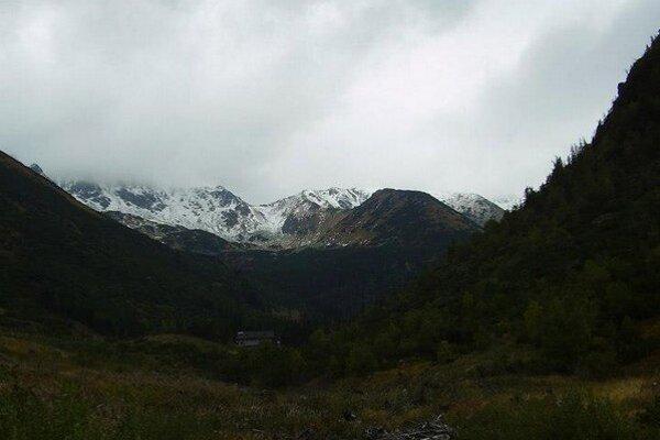 Hrebene hôr bude dnes bičovať silný vietor
