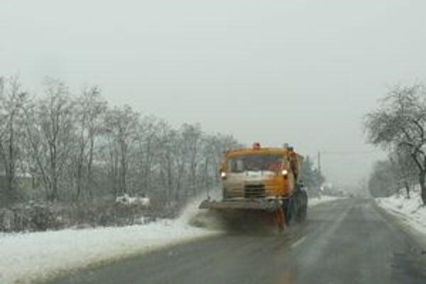 Cestári boli vo štvrtok a v piatok v plnej pohotovosti.