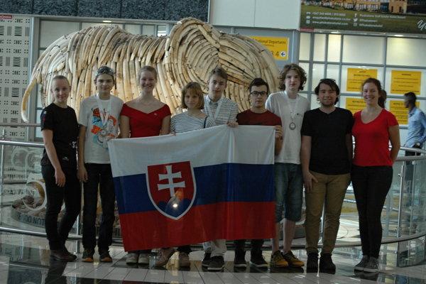 Slovenská reprezentácia na olympiáde v Botswane.