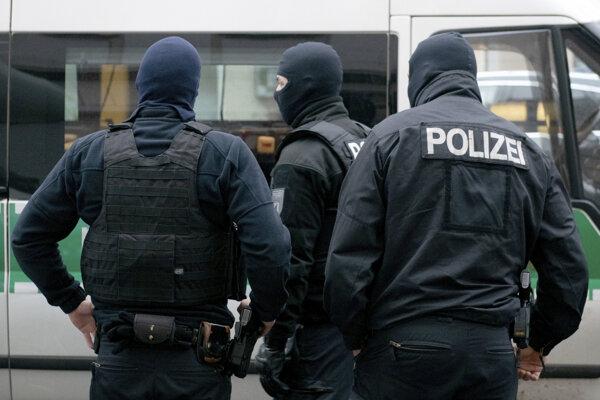 Po hrozbe bomby na 7 nemeckých súdoch vyhlásili niektoré miesta za bezpečné.