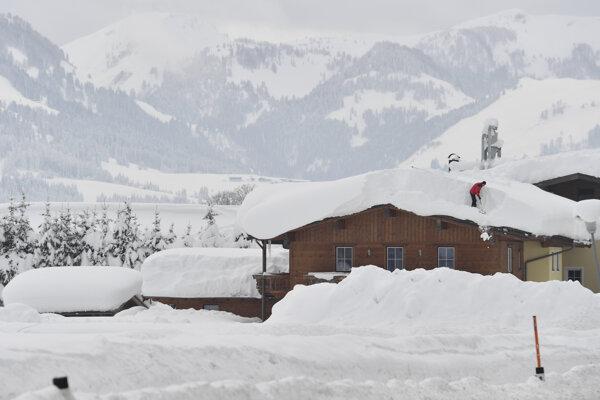 Rakúsko zápasí s množstvom snehu.