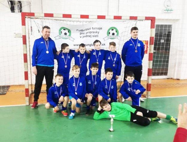 Družstvo Šaľa bieli U11 - bronzové na turnaji v Močenku.