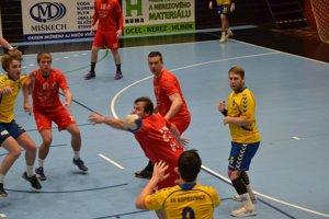 Tomáš Vallo (v červenom dole) bol najlepším hráčom turnaja.
