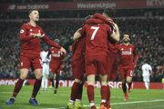 Futbalisti FC Liverpool na ilustračnej fotografii.