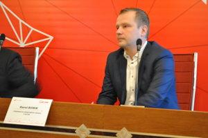 Karol Borik – prednosta Okresného úradu v Nitre.