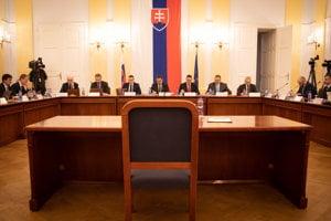 Ústavnoprávny výbor pokračuje vo vypočúvaní kandidátov na sudcov Ústavného súdu.