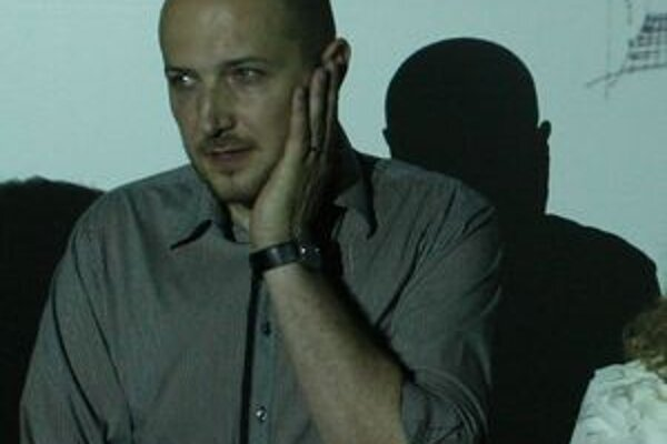 Boris Kudlička zastupoval v roku 2007 Slovensko na Pražskom Quadrienále, medzinárodnej súťažnej prehliadke scénografie a divadelného priestoru.