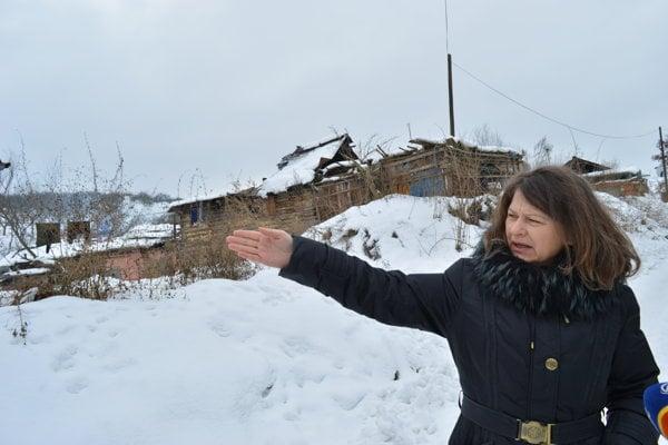 Starostka obce Beáta Kollárová (nezávislá) chce vybudovať bytové domy pre ľudí z osady.
