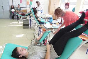 Darcovia krvi chýbajú hlavne počas letných prázdnin. (Ilustračné foto).
