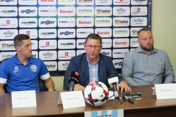 Róbert Jano na úvodnej tlačovke po svojom príchode do Lokomotívy Košice. Písal sa júl 2017.