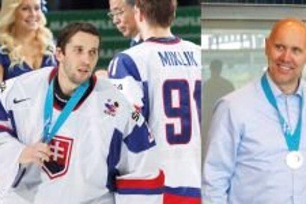Ján Laco a Jerguš Bača na majstrovstvách sveta v hokeji prispeli k vynikajúcemu výsledku slovenského reprezentačného mužstva. V stredu o 15. hodine ich po návrate zo šampionátu privítajú pred Domom kultúry.