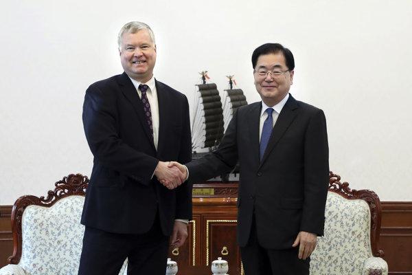 Stephen Biegun sa v pondelok v Soule stretol s juhokórejským poradcom pre národnú bezpečnosť Čung Ei-jongom.