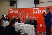 Stretnutie so županom Jánom Lunterom otvoril riaditeľ obsahu divízie týždenníkov MY Peter Vavro.