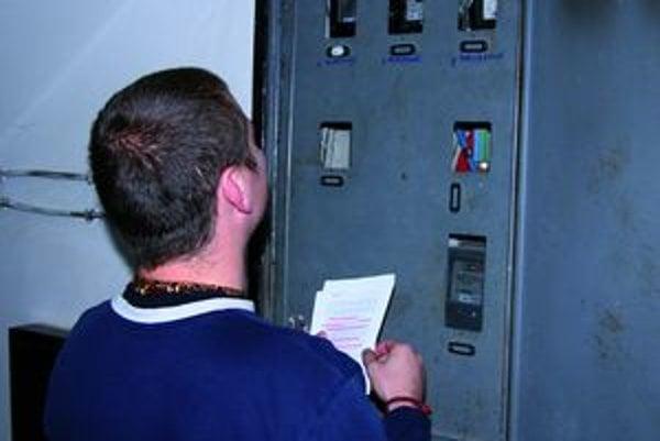 Každý odberateľ sa zaviazal dohliadať na fungovanie svojho elektromeru.