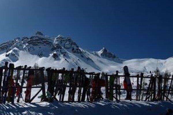 Ubytovatelia dúfajú, že v lyžiarskych strediskách bude počas sezóny dosť snehu.