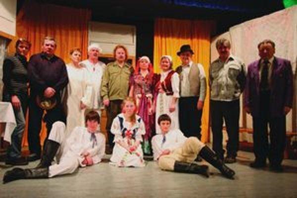 Generácie ochotníkov hrajú v Liptovskom Ondreji divadlo už sto rokov.