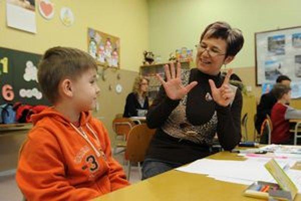 V Liptovskom Mikuláši zapísali v základných školách viac ako tristo budúcich prvákov.