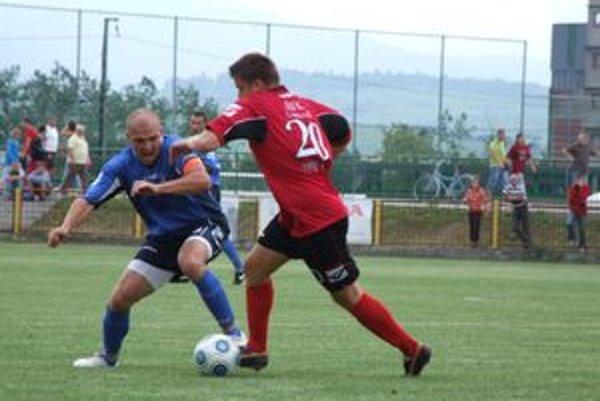 Mikulášanom sa cez týždeň viac darilo v Slovenskom pohári. V stredu doma vyhrali s Dolným Kubínom 1:0.