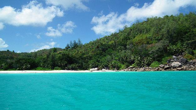 4. pláž Anse Lazio, ostrov Praslin, Seychely