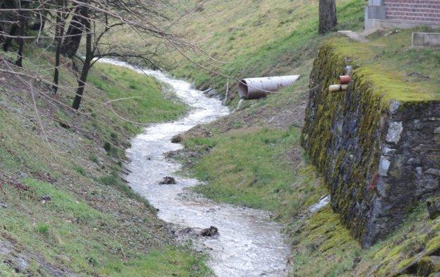 Miestny potok a jeho zákutia.