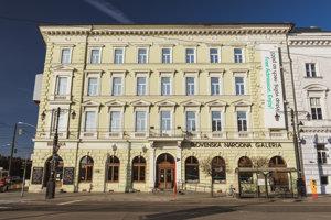 Esterházyho palác.