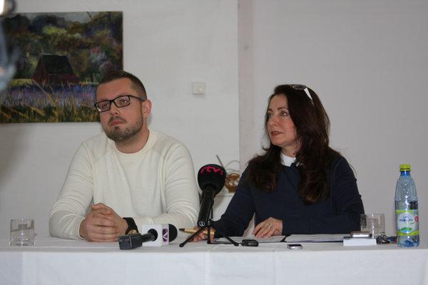 Bardejovskí redaktori Marta Mochnacká a Peter Reviľak prelomili mlčanie. V Bardejovskej televízii to vrie- (ZDROJ: MH)