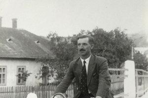 Vladimír Ďurkovič na svojom motocykli.
